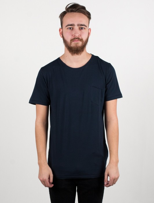 BASIC TEE WITH CHEST POCKET GOTS