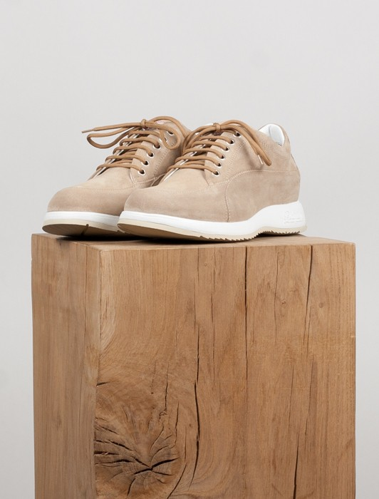 BEIGE SUEDE NEW CLASSIC